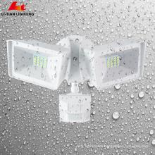 Luz de segurança exterior Twin-Head com fotocélula Redonda Luz de inundação LED ao amanhecer Luz de segurança LED 20w crepúsculo ao amanhecer