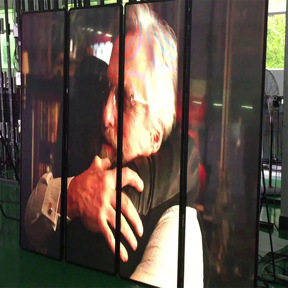 High Quality P2.5 HD Mirror Poster LED Display