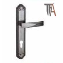 Classic Design for Iron-Aluminium Door Handle (TF 2552)