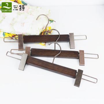 vêtement de luxe en bois de frêne pantalon cintre en bois