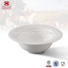 Tazones de fuente grandes blancos llanos de cerámica occidentales de la vajilla, tallarines del tazón de fuente