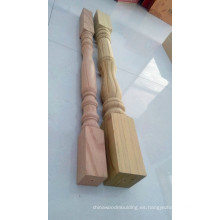 Talla de poste de madera