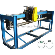 Machine for duct lock