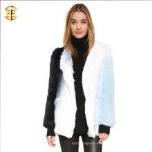 Los nuevos colores mezclados hicieron punto la piel del invierno Forme a conejo las muchachas del abrigo de pieles