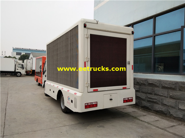 P8 Mobile LED Trucks