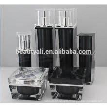 30ml 50ml Bouteilles cosmétiques de luxe acrylique carré (PMMA) Airless Pump