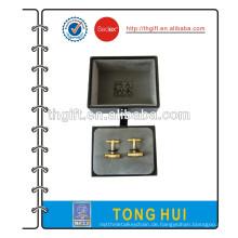 High-End-Manschettenknopf mit schwarzer Geschenkbox