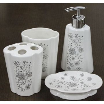 4 PC Of Ceramic Bath Set Flower Shaped