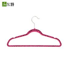 тонкая бархатная вешалка для одежды
