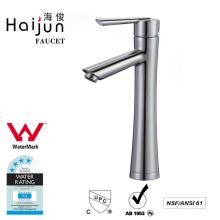 Haijun Productos al por mayor Ornamentado único agujero de latón grifo del lavabo del agua