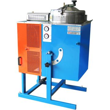Solvent recovery machine and precision casting