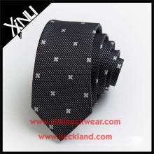 Cravate de broderie de cou tissée jacquard de polyester à sec seulement