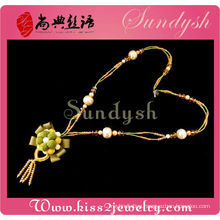 Elegant Crafted Flower Jewelry Crystal Station Necklace