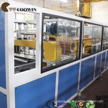 Hölzernes zusammengesetztes Plastikplastikschaumplastikbrett, das Maschine herstellt