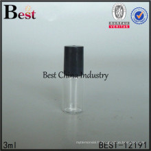 Rouleau de 3ml sur la bouteille en verre avec le rouleau et le chapeau en plastique