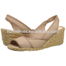 Ladies Wedge Shoes deslizamento elegante em bombas de salto alto