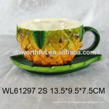 2016 piña cerámica taza y platillos