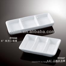 Sano, durable, blanco, porcelana, horno, seguro, inmersión, plato