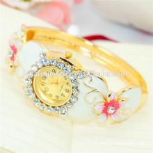 Damen neue modische personalisierte Luxus Strass Blume Armreif Uhr B077