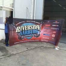 bannières publicitaires en maille polyester résistantes au vent