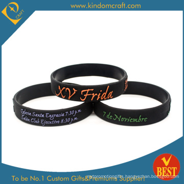 2015 Fashion Embossed Silicone Wristband with Coloring (LN-017)