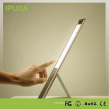 LED-Tischleuchte IPUDA Markenaugen-Produktion mit Fackellicht