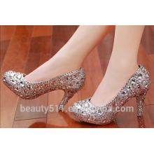 Les chaussures de mariage en diamant d'eau sont faites à la main et les chaussures sont faites à la main et les chaussures sont faites des chaussures WS040