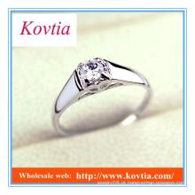 Platinum quatro garra anel de noivado de diamante