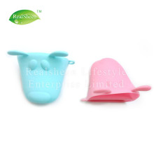 Animal Dog Doggie Design Pliable Silicone Pot Holder