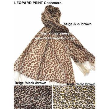 Bonnet 100% imprimé en laine léopard