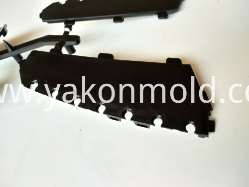 Plastic Air Vent Molding Product