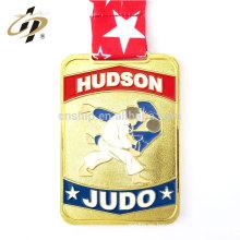 Medallas deportivas de judo de metal de esmalte de oro personalizadas con cordón