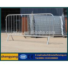 Barricade en acier à verrouillage