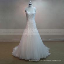 Vestido de novia de la cucharada de la cucharada de la sirena especial del cordón y de los granos con los botones