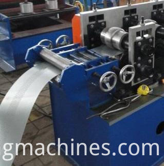 Shutter Roll Forming Machien-entry leverling