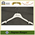 Quality Supplier Plastic Clothing Hanger Popular No Slip Coat Hanger