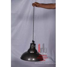 Lampe ronde en fer