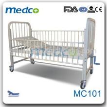 Un crank enfants lit d'hôpital MC101