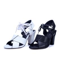 дизайнеры сандалии для дамы