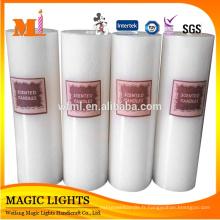 Longtemps brûlant et bougies blanches parfumées bon marché de pilier