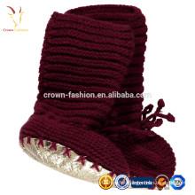 Botinhas de caxemira de lã com fecho na frente