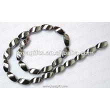 """8x16MM Свободный магнитный гематит Twist Beads 16 """""""