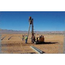 Machine à enfoncer les marteaux hydrauliques
