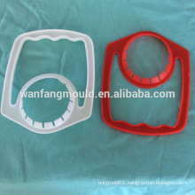 plastic injection handle mould for bottle 2017 new design oil bottle handle mold making in taizhou