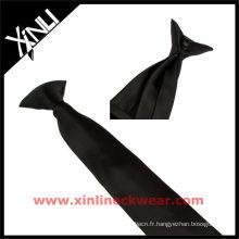 Clip noir pour garçon sur cravates