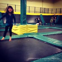 O melhor parque de trampolim para as pessoas mais felizes