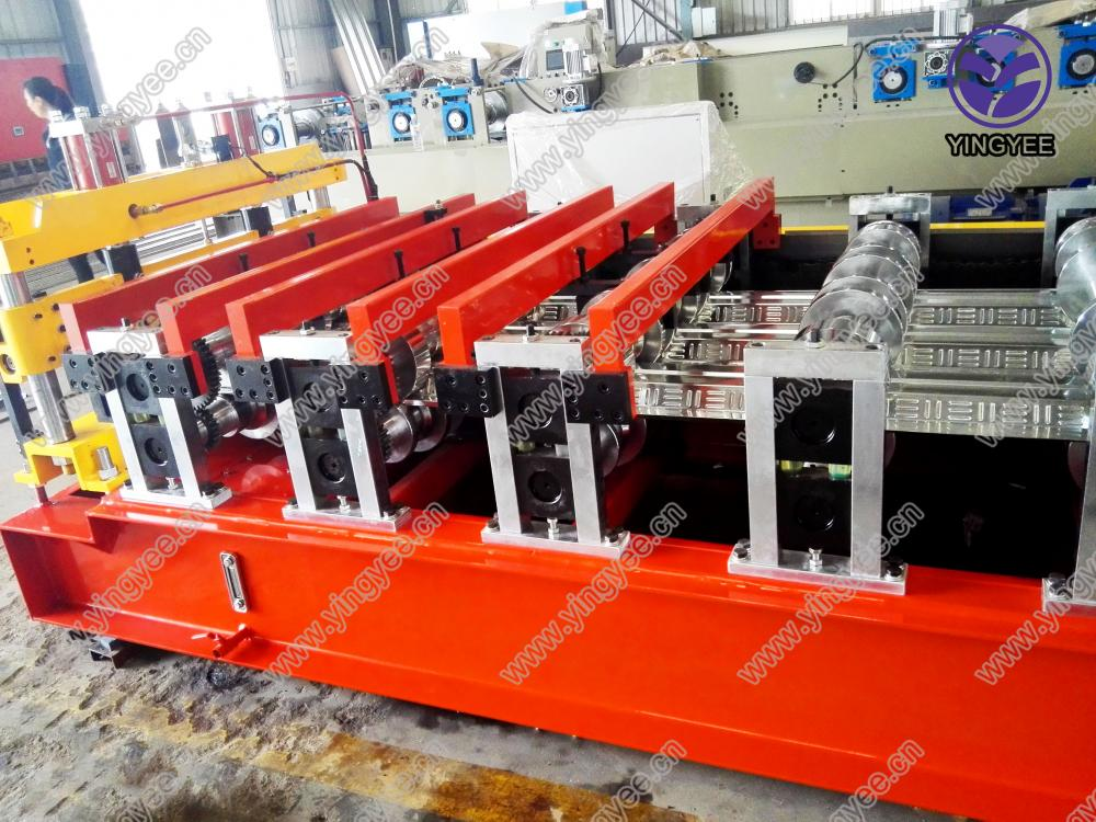 High Quality Deck Roll Forming Machine From Yingyee22