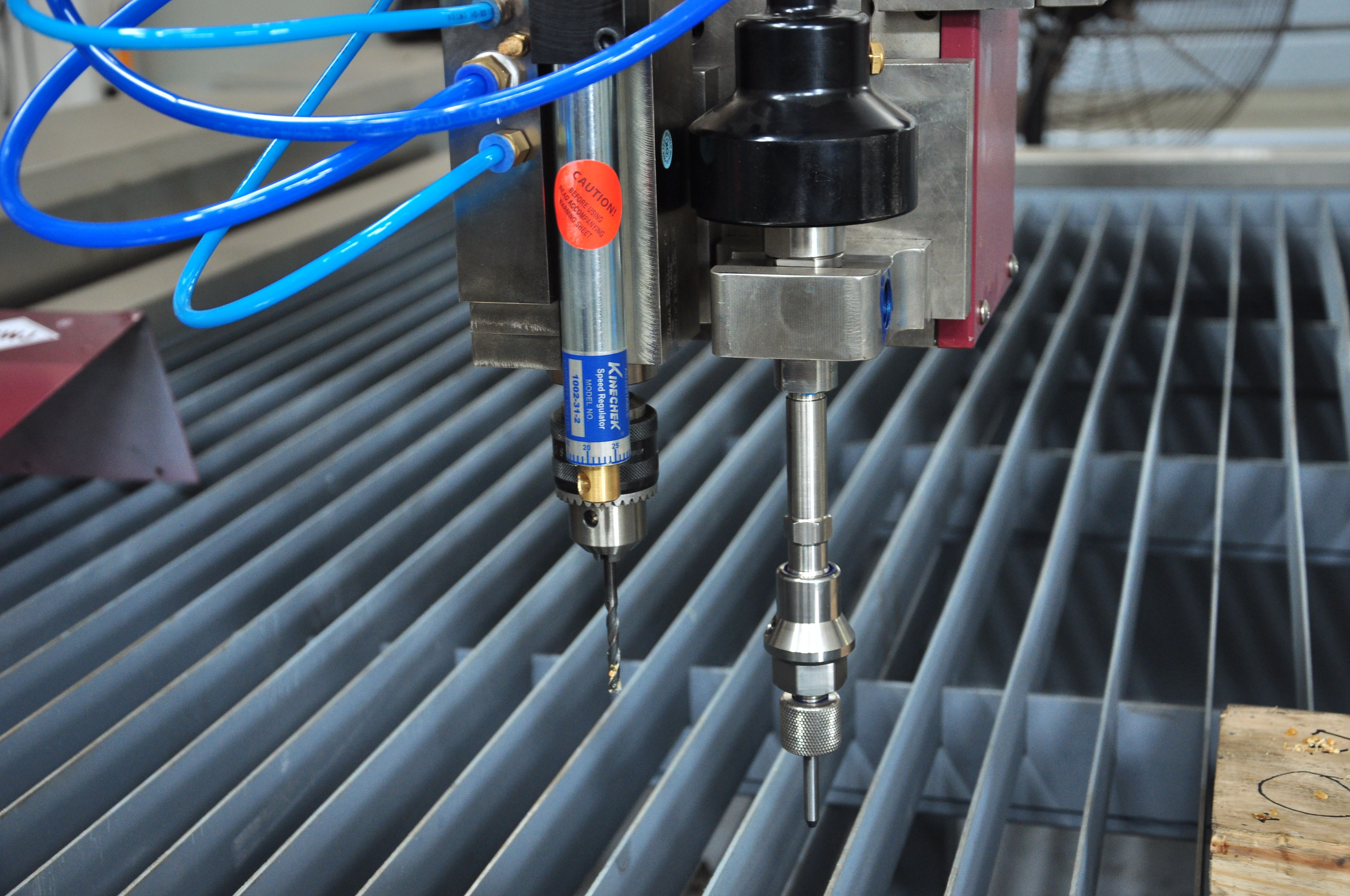 Cutting Head With Drilling Function