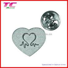 Insignia de encargo del Pin de la forma del corazón para los regalos Promational