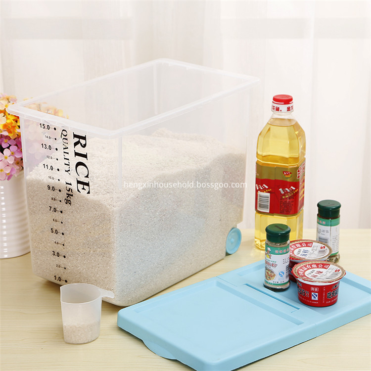 dry goods container